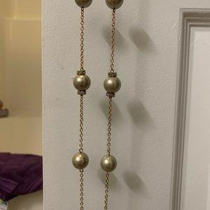 J. Crew Jewelry - EUC J crew long faux grey pearl goldtone necklace